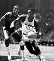 "The ""Big O"" Oscar Robertson While at Cincinnati, (1957-60) Robertson led the NCAA in scoring three seasons while also helping the Bearcats to capture the 1960 national championship. While playing for Cincinnati and Milwaukee in the NBA, Robertson was a 12-time NBA All-Star"