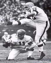 """The Toe"" Lou Groza led the NFL in field goals made six separate seasons."