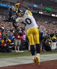 "A ""Super"" Star Santonio Holmes won Super Bowl XLIII MVP honors with a tremendous receiving performance that included a 6-yard TD reception with 35 seconds left in the game. The clutch catch enabled Pittsburgh to defeat Arizona. Further boosting Holmes' MVP credentials were his overall 9 receptions for 131 yards and a score. Four of those catches came in the Steelers last-minute winning drive."