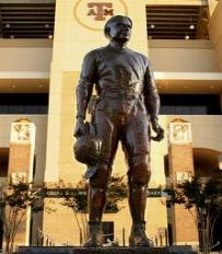 Texas A&M 12th Man Statue This campus landmark honors the 12th Man spirit at the University. The statue portrays E. King Gill who was called from the stands in 1922 to be the team's 12th man. The statue is located in front of Kyle Field.
